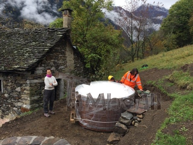 Vildmarksbad I Glassfiber Wellness Royal Steen  Valle Antrona Italy 3